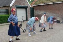 Hinke Kalsbeek   Leysterpad, act Old Ladies 5