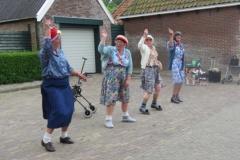 Hinke Kalsbeek   Leysterpad, act old Ladies 3